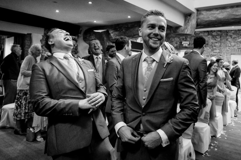 oxwich_bay_hotel_gower_wedding_zelda_rhiannon_photography-384